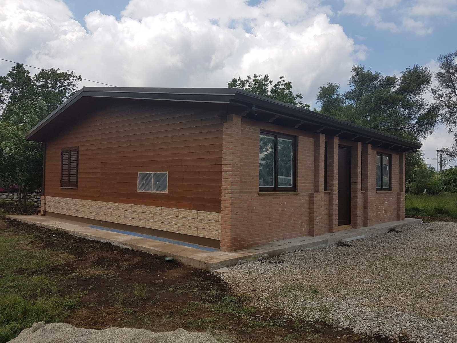 Case legno senza permesso trendy casa in legno mq with for Case in legno su ruote su terreno agricolo